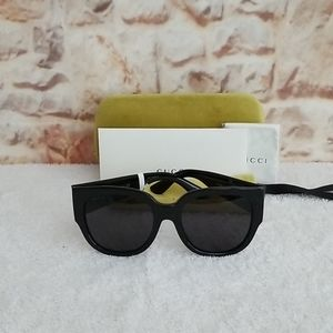 New Gucci 54mm Square Sunglasses